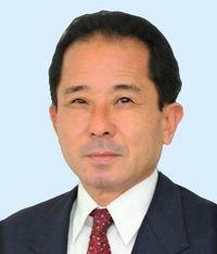 自民沖縄県連の照屋会長、辞任へ 県民投票の全会一致できず