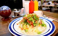 コザの懐かしい味、タコライスで再現 宮古島市平良下里「フード&ドリンク「ラディックス」」