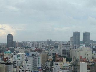 台風の影響で雨が降ったり、やんだりの天気でした