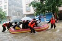 中国、台風で5人死亡 受験生、ボートで会場へ