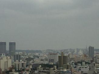 PM2.5の影響か、一日中もやがかかったように遠くがかすんで見えました