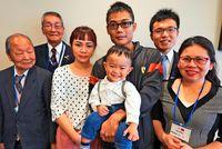 あの時の赤ちゃんが日本語で「ありがと!」 沖縄で早産、台湾夫婦を救った2000万円の善意
