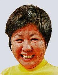 宮里藍引退会見:「ジュニアの目標になった」 沖縄出身初の女子プロ・島袋美幸さん