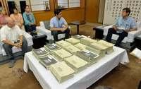 「辺野古」県民投票、条例制定を請求 謝花副知事「思いをしっかり受け止める」