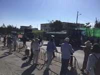 辺野古新基地:シュワブゲート前で排除 「N5」護岸で仮設道路の作業進む