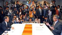 翁長知事死去:政局大変動、9月に沖縄県知事選 今後の新基地対応見通せず