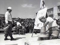 沖縄の「やちむんの町」壺屋に伝わる陶工対決 「カーミスーブ」に残るしまくとぅば