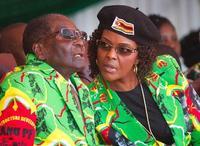 南ア仲介、ムガベ氏退陣へ協議か ジンバブエ、自宅軟禁下