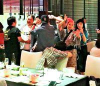 [ワールド通信員ネット]/@北京/著名老舗料亭で泡盛祭り大盛況