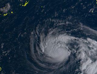 台風24号(ひまわり8号リアルタイムwebから)