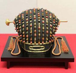 韓国国立古宮博物館に貸し出される国宝「玉冠」=那覇市久茂地・那覇市歴史博物館