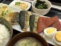 豊見城市のハナ子さん家の台所でサバの照り焼きを食べたの巻 運転手メシ(205)