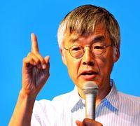 高橋源一郎教授「沖縄の憲法観を大切に」 施行69年で講演