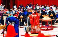 華やかに厳かに、琉球国王の即位再現 5日午後0時半からパレード