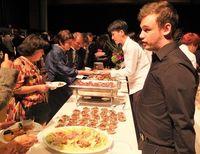 新移住者50周年、日系380人祝う カナダ・トロント