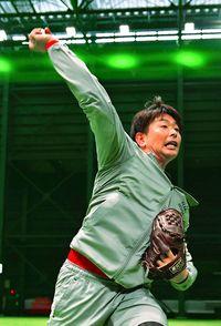 [プロ野球]/広島の大瀬良「戦闘モード」/昨季投手2冠