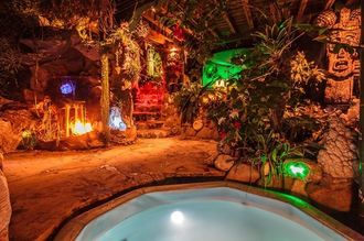 お気に入り7位の物件、カリブの海賊風隠れ家= カリフォルニア州トパンガキャニオン