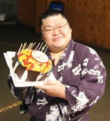 39歳の誕生日を迎えた豪風=東京都江東区の尾車部屋