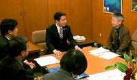 「民意」実現へ〜住民投票の現場から(1)徳島吉野川可動堰建設 民意の波、国策止める 住民の疑問きっかけに