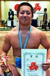 男子個人80キロ級で初優勝した北部農の宮城陽=宮崎県KIRISHIMAツワブキ武道館相撲場(提供)