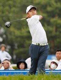 男子ゴルフ、時松とノリスが首位 関西オープン第2日