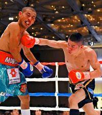 山中、TKO防衛/ボクシングW世界戦/小西、判定で敗れる