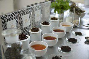 県産茶葉もラインナップに加わる高級紅茶ブランド「LADDERS」(ラダーズティーカンパニー提供)