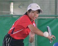 中学ソフトテニス:女子単 崎原競り勝つ