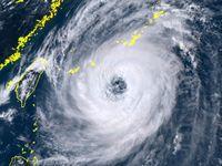 台風24号:沖縄に特別警報級の大雨か 暴風警報、本島は夕方以降の見通し