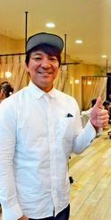 「人のために尽くしたい」と語る宮城剛さん=東京都墨田区の美容室