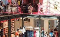 パリのユニクロで沖縄展 芸能と観光アピール
