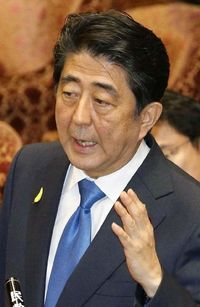 自民勉強会発言で安倍首相が沖縄に謝罪
