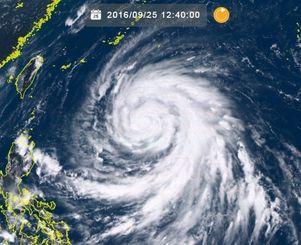 ひまわり8号リアルタイムWebがとらえた台風17号