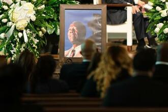 米アトランタ市内の教会で営まれたハンク・アーロンさんの葬儀=27日(ロイター=共同