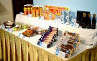 ローソン沖縄 20年祝う新商品/県産食材使い10点豚・黒糖など