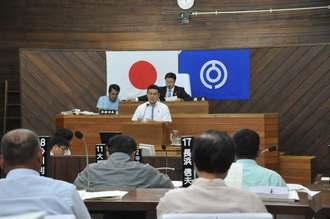 17日に開会した石垣市議会の本会議