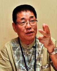 [トップの視点](4)沖縄債権回収サービス 平良孝夫会長 顧客の笑顔に未来を展望