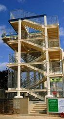 完成した久高地区の津波避難施設