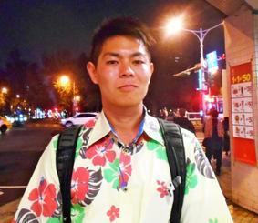 「沖縄の人に事件を知ってほしい」と話す比屋根亮太さん