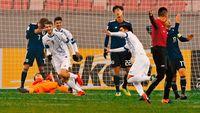 日本大敗 4強ならず/サッカー/U−23アジア選手権
