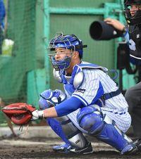 正捕手の競争熾烈な横浜DeNA 6年目の嶺井博希「勝利に貢献したい」