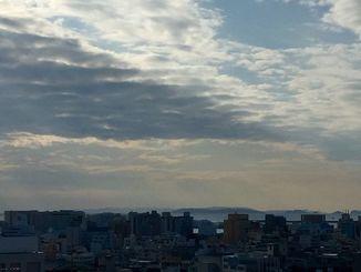 沖縄本島から慶良間がくっきり見えるほど、澄んだ空が広がった1日でした