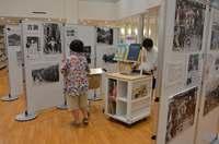 写真展「1935沖縄 ふるさとの風景」始まる 沖縄市立図書館、25日まで