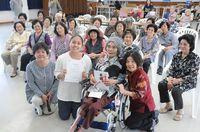 人口585人の離島から、進学を奨学金で応援 初の受給者「夢かなえ帰る」