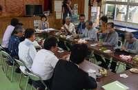 東村長、高江区長と面談 沖縄県議会・軍特委