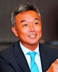 琉球フットボールクラブ社長に就任した尹泳斗氏=沖縄タイムス社