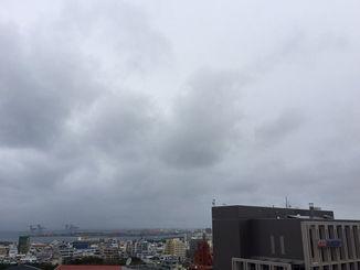 プロ野球6球団がキャンプインした沖縄地方。あいにくの雨のスタートとなりました