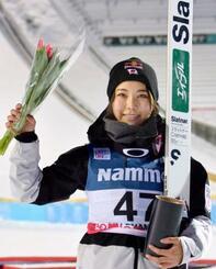 W杯ジャンプ女子個人第2戦で3位になった高梨沙羅=リレハンメル(共同)