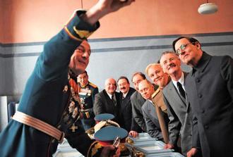 「スターリンの葬送狂騒曲」の一場面
