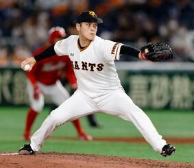 5回途中に登板し、3勝目を挙げた巨人・鍵谷=東京ドーム